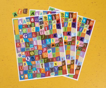Set with 3 sheets of pre-cut letters