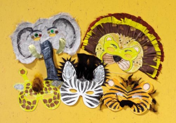 Set with 8 Wild Animal Masks